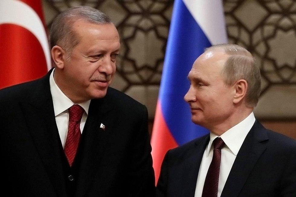 Turkey's Erdogan (L) and Russia's Putin  (Photo: AFP)