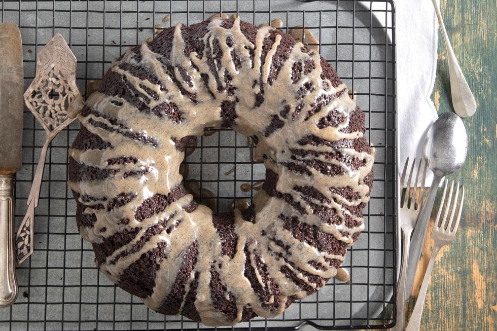 עוגת שוקולד-אספרסו (צילום: דניאל לילה, סגנון: נעמה רן)