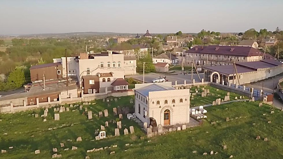 The Baal Shem Tov's grave site (Photo: Shiezoli)