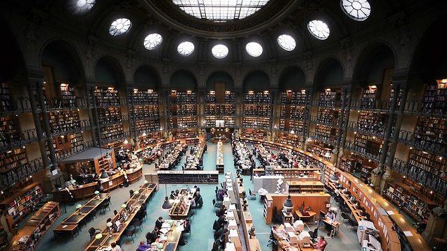 françois mitterrand library (צילום: Vincent Desjardins, ויקיפדיה)