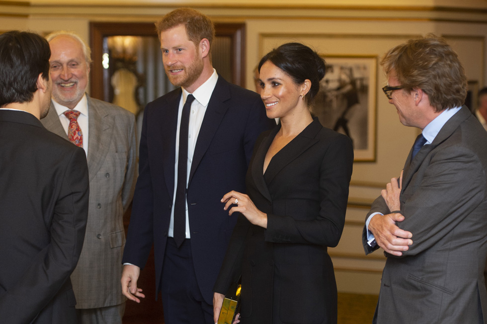 לזנוח את הטוקסידו? מה פתאום. מייגן מרקל והנסיך הארי בדייט (צילום: Dan Charity/GettyimagesIL)