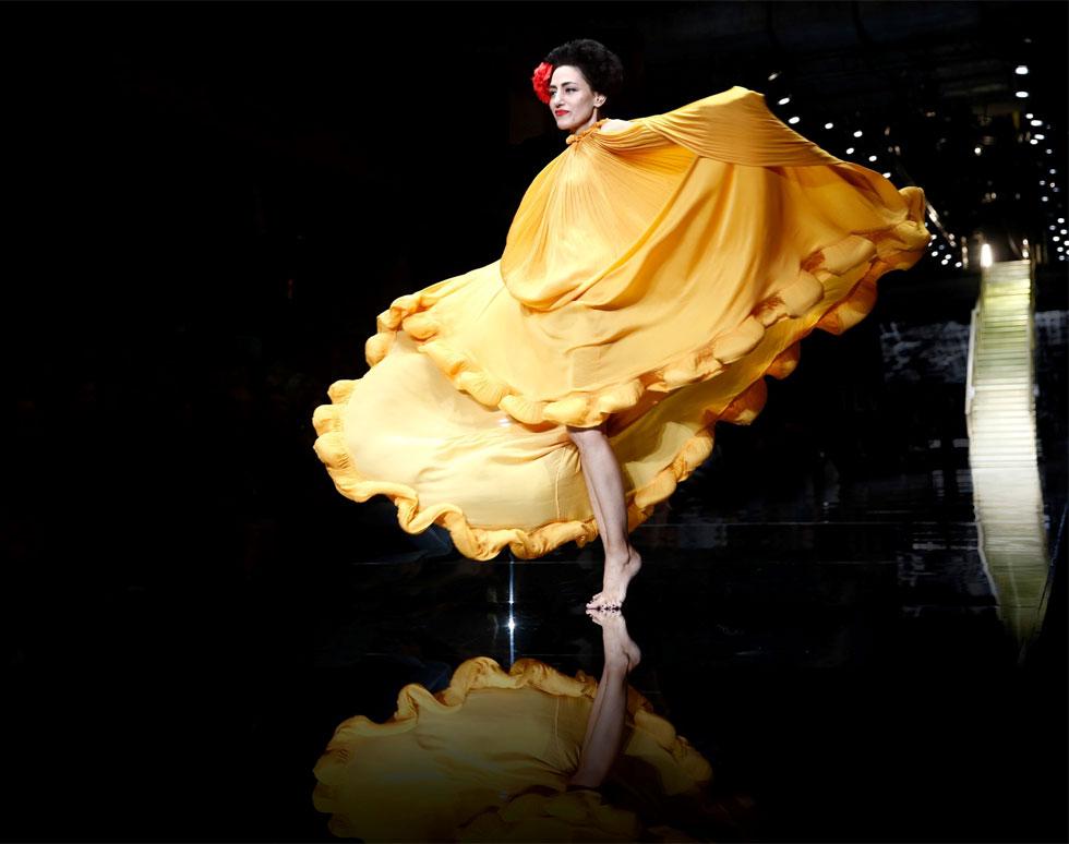 40 אלף מבקרים פקדו השנה את תערוכת האופנה לזכרה של השחקנית רונית אלקבץ. מתוך התערוכה במוזיאון העיצוב מדיטק בחולון (צילום: גיל חיון)