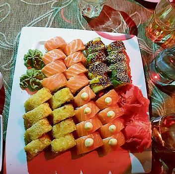 סושי ממסעדת Koya. מאכל נפוץ בעיר