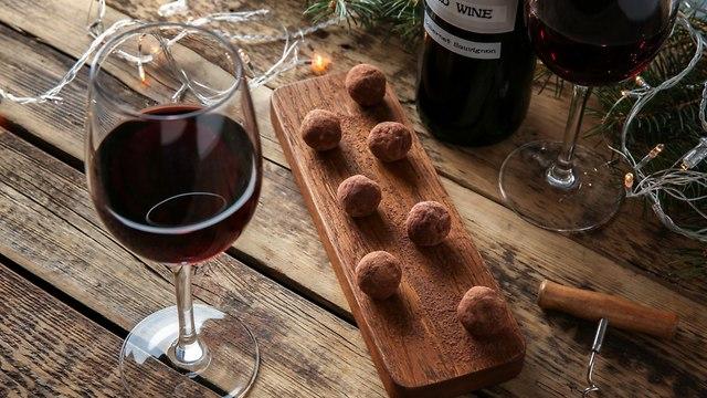 יין ושוקולד (צילום: shutterstock)