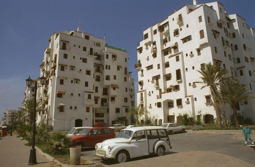 """לישראלים נמאס לגור בשכונות שנראות אותו דבר, ופואבלו אספניול סיפקה את הסחורה: אף בניין אינו זהה לשכנו (צילום: צביקה ישראלי, לע""""מ)"""