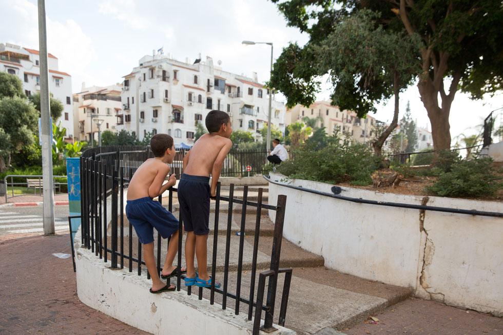 לימים נבנו על המגרשים האחרונים בשכונה בתים סטנדרטיים, כבר לא במיקום המקורי (צילום: דור נבו)
