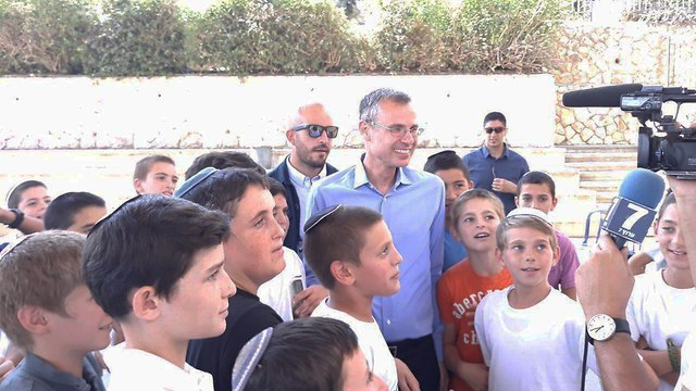 Minister Yariv Levin at the opening ceremony of the school in Tekoa