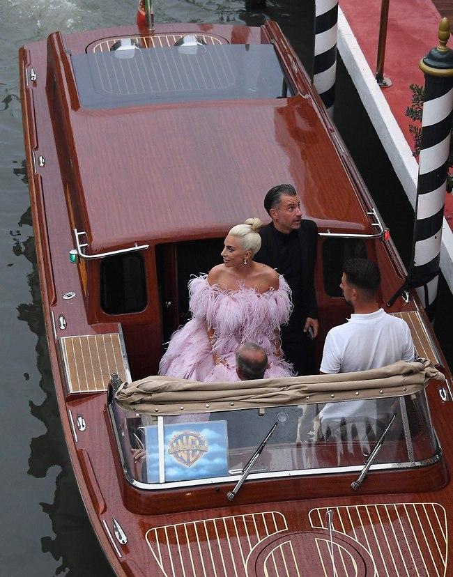 דפקה כניסה. ליידי גאגא (צילום: Gettyimages)