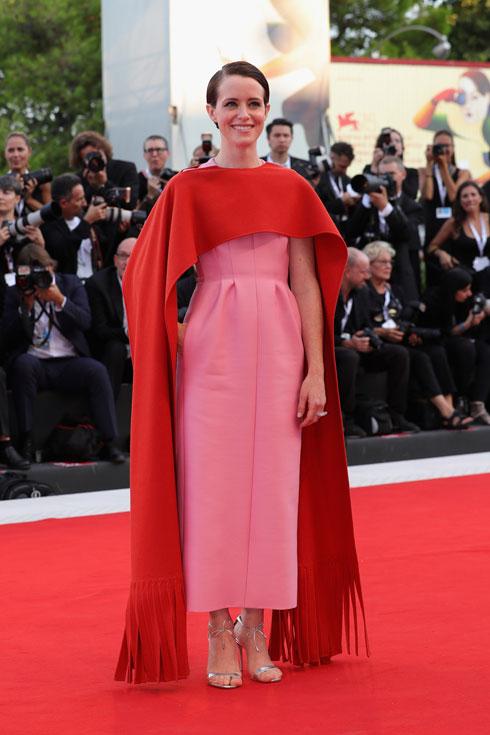שיק בלי מאמץ. קלייר פוי בשמלת הוט קוטור של ולנטינו (צילום: Vittorio Zunino Celotto/GettyimagesIL)