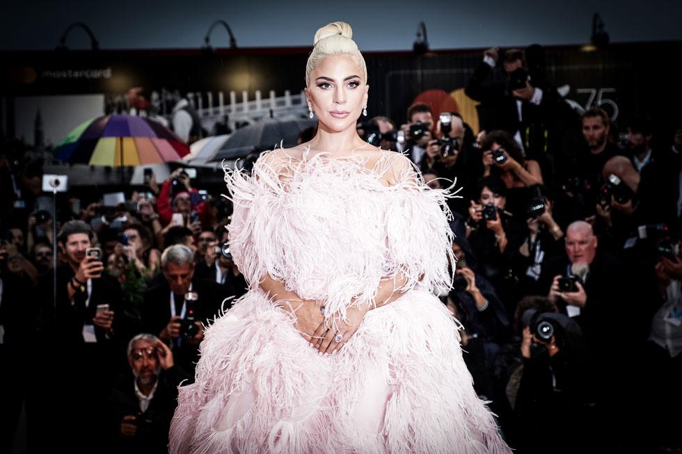 במקום הראשון ברשימת המתלבשות המצטיינות של פסטיבל ונציה: ליידי גאגא (צילום: Vittorio Zunino Celotto/GettyimagesIL)