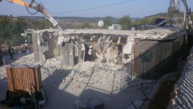 תיעוד הריסת בתים בוואלג'ה (צילום: עיר עמים)