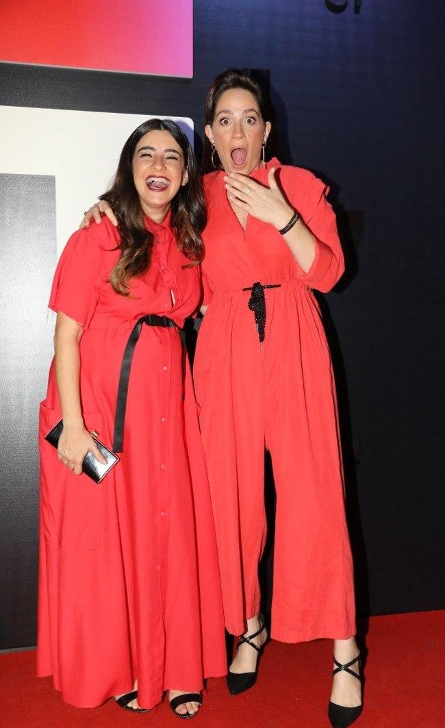 סיפורה של שפחה מישהו? טלי שרון ודאנה איבגי (צילום: רפי דלויה)