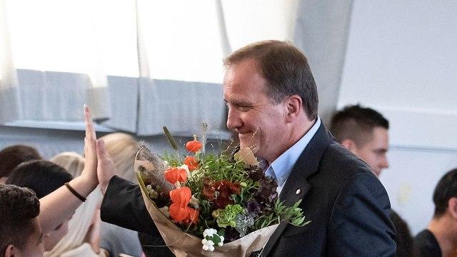 ראש ממשלת שבדיה סטפן לופבן לקראת בחירות המפלגה הסוציאל דמוקרטית (צילום: EPA)