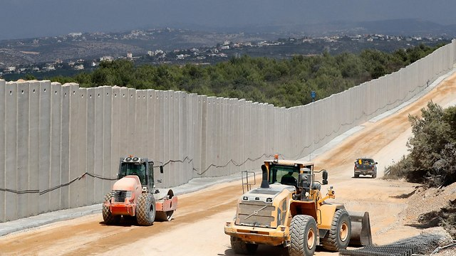 Construction works on Israeli-Lebanese border  (Photo: AFP)
