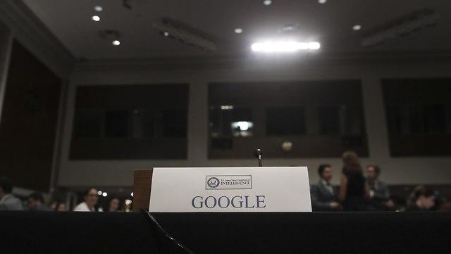 הכיסא הריק של גוגל בשימוע בסנאט (צילום: AFP)