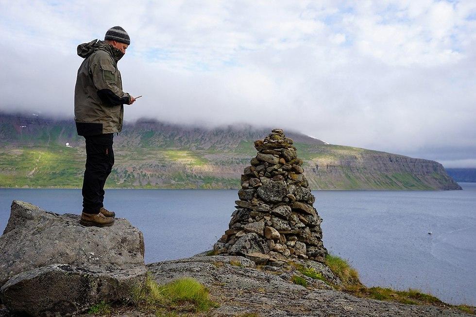 חצי האי הורנסרנדיר ב איסלנד מתחבר ל אינטרנט (צילום: AP)