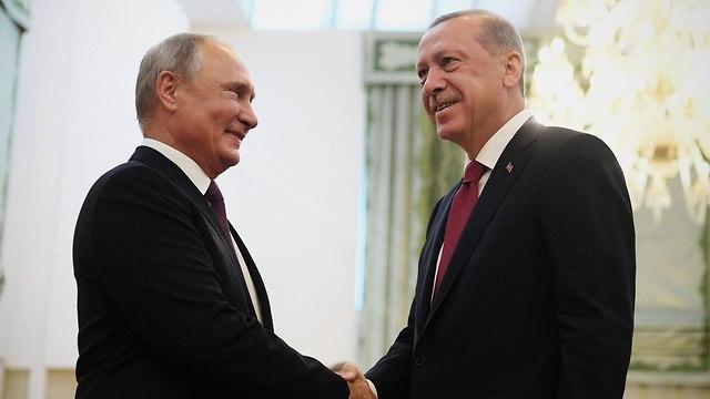 Putin (L) and Erdogan (Photo: AFP)