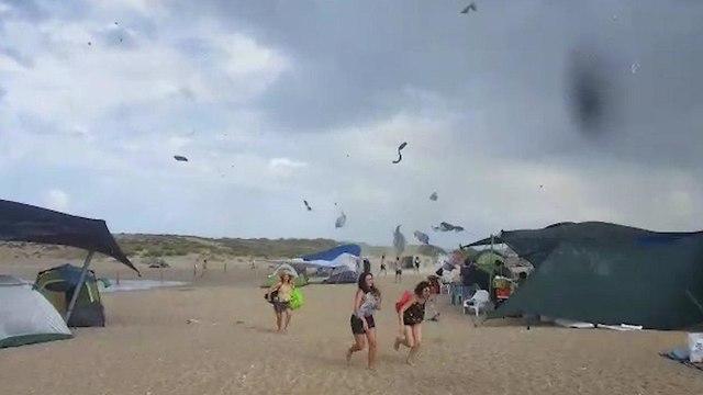 סופה בחוף הבונים (צילום: רשות הטבע והגנים רן פרץ)