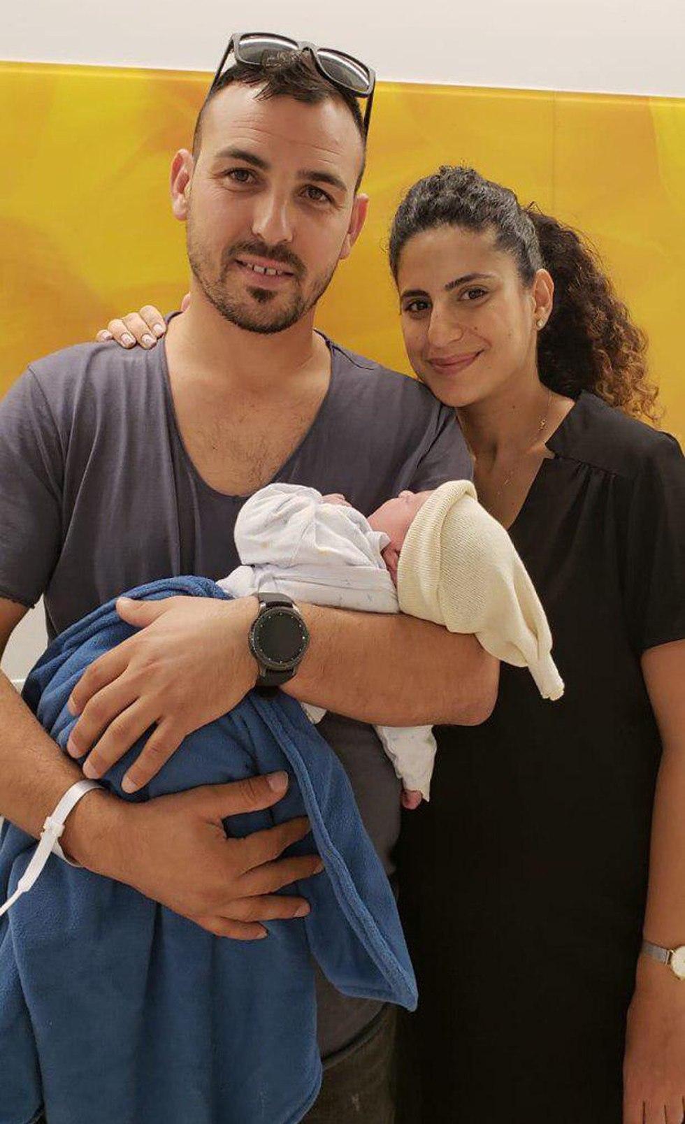 תינוקות ראשונים לשנת תשע