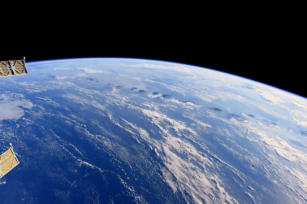 אזור אינדונזיה מתחנת החלל (צילום: אנדרו פויסטל, נאס