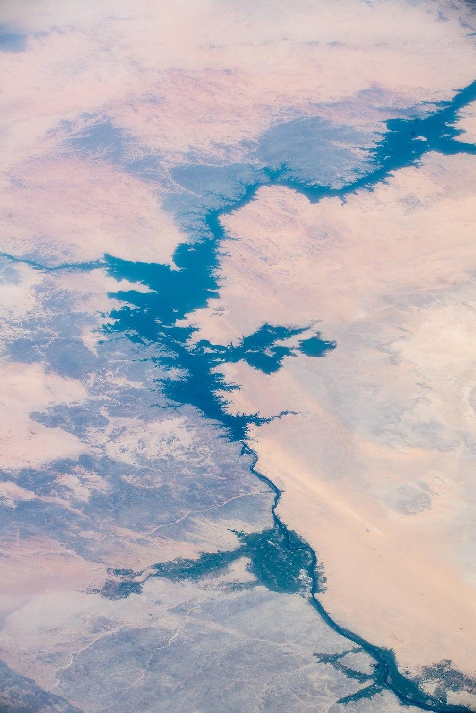 הנילוס במצרים  (צילום: אלכסנדר גרסט, סוכנות החלל האירופית)