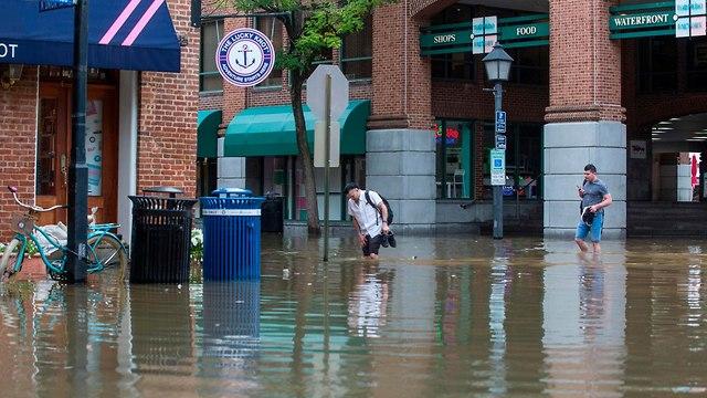 התקרבות סופת הוריקן פלורנס (צילום: AFP)