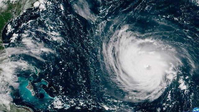 התקרבות סופת הוריקן פלורנס (צילום: AP)