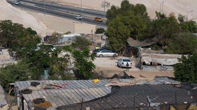 לקראת פינוי חאן אל אחמר (צילום: עמית שאבי)