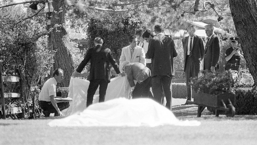 זירת הרצח של שרון טייט (צילום: AP)