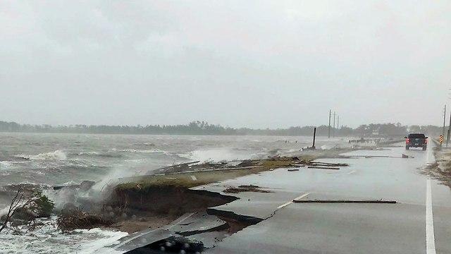 הוריקן פלורנס בניו ברן (צילום: AP)