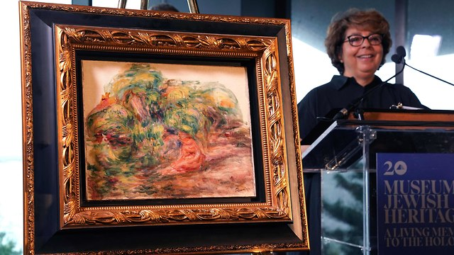 Sulitzer with the returned painting
