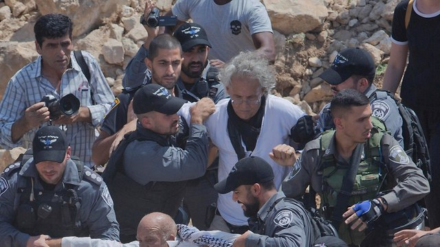 Arrest of Frank Romano (Photo: AP)