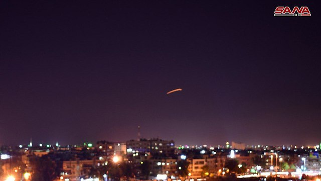 Un avion israélien frappe près de l'aéroport de Damas