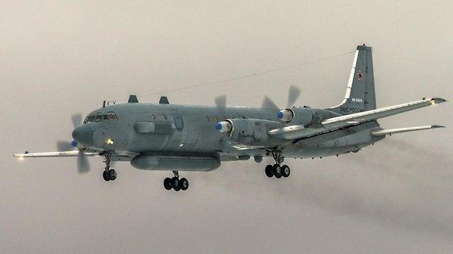 מטוס מסוג איליושין 20 Il-20 (צילום: AP)
