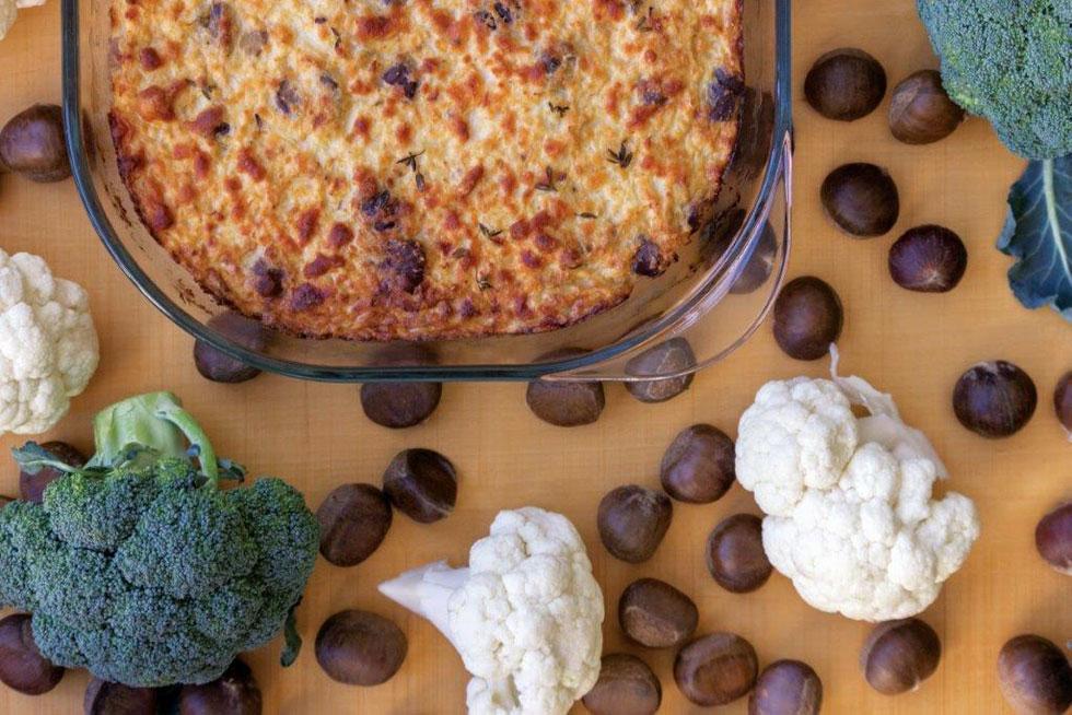 פשטידת כרובית וערמונים (צילום: אורה קורן)