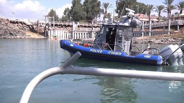 יחידת השיטור הימי בכנרת (צילום: שמיר אלבז)