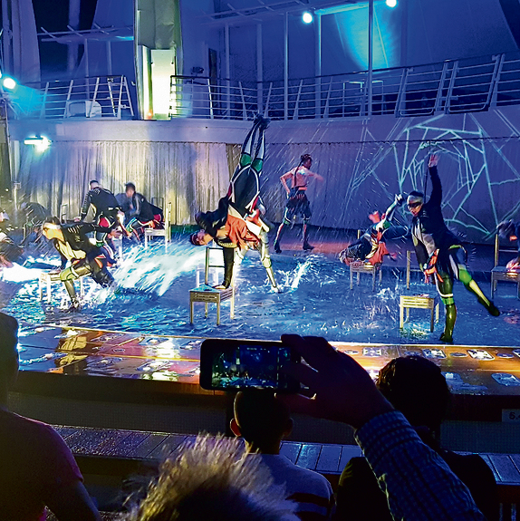 הופעות מרשימות. תיאטרון המים