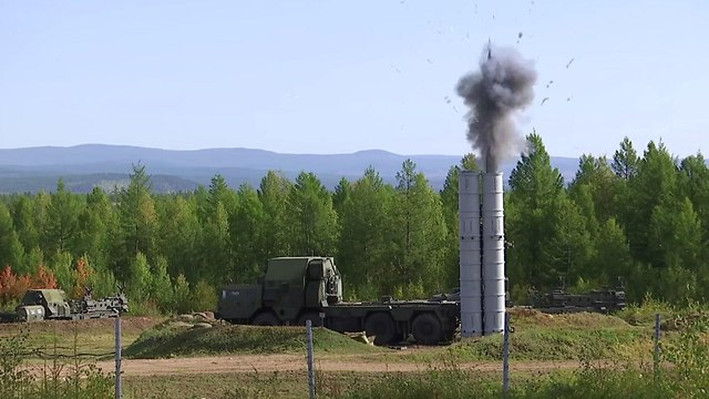 S-300 battery   (Photo: EAP)