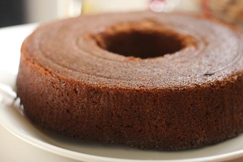 עוגת טחינה וסילאן (צילום: אבירם פלג )
