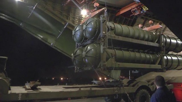 S-300 anti-craft missile system transferred to Syria