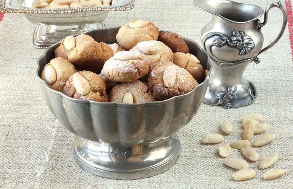 עוגיות טחינה וחמאה (צילום, סגנון והכנה: אסנת לסטר)