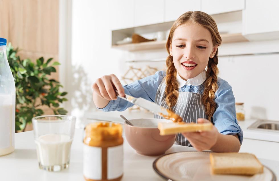 ממרח אגוזים בייתי הרבה יותר מזין ובריא מהתעשייתי (צילום: Shutterstock)