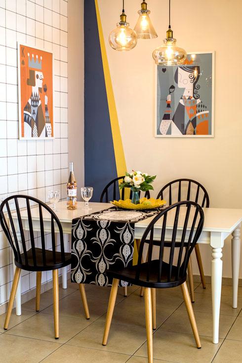 רהיטים לא יקרים וסטיילינג ססגוני. פינת האוכל החדשה (צילום: יובל חן)