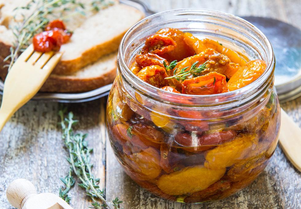 עגבניות שרי מיובשות (צילום: אפרת מוסקוביץ)