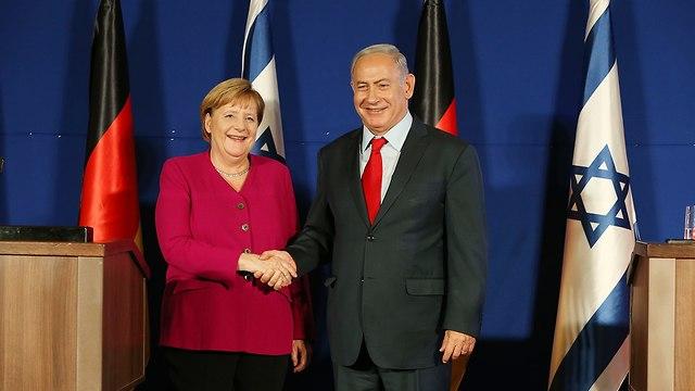 Merkel and Netanyahu at the press conference (Photo: Amit Shabi)
