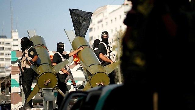 מפגן צבאי הג'יהאד האיסלמי בעזה (צילום: רויטרס)