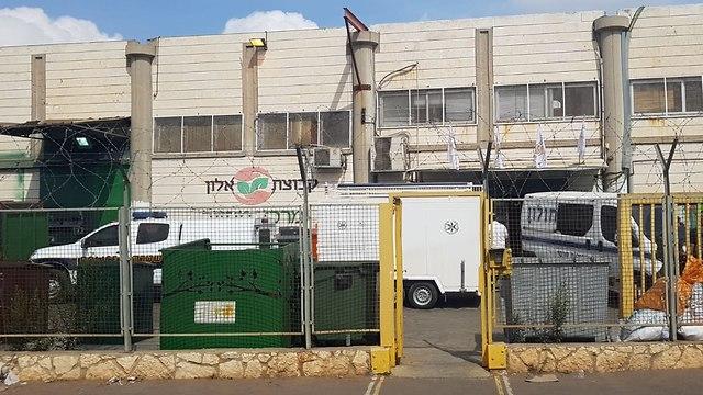 Завод, где произошел теракт. Фото: Ярив Кац