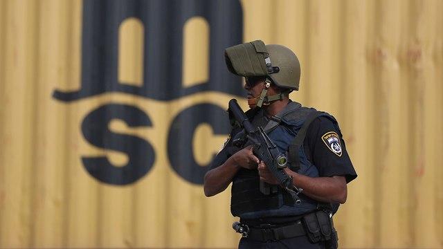 פיגוע ירי בברקן (צילום: AP)