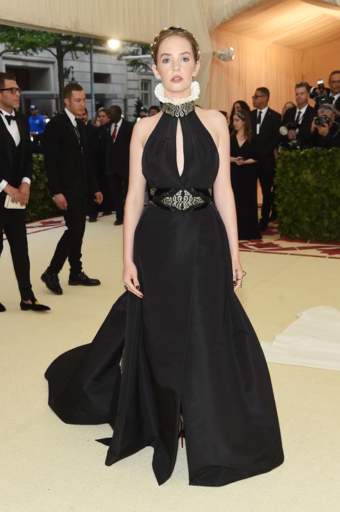 מאיה הוק. גם בעולם האופנה מתלהבים ממנה (צילום: Jamie McCarthy/GettyimagesIL)
