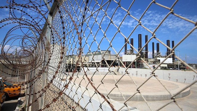תחנת כוח בעזה (צילום: AFP)